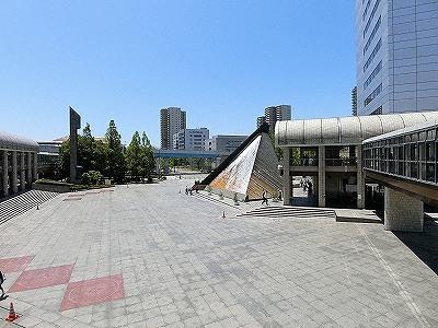 市民広場モニュメント広場