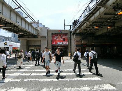 四つ橋筋とアウトドアのアルビ(ALBi)
