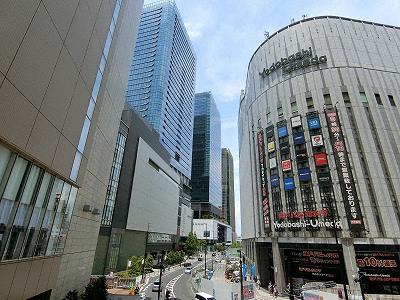 グランフロント大阪とヨドバシ梅田