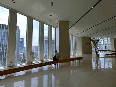 梅田阪急ビル15Fスカイロビー