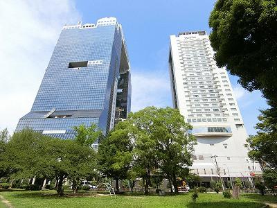 梅田スカイビルとウェスティンホテル大阪