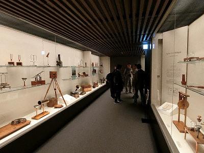 島津創業記念資料館2F展示室3
