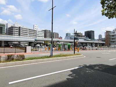 中突堤駐車場(ホテルオークラ神戸北側のメリケンパーク駐車場)