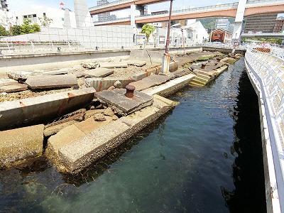 神戸港震災メモリアルパークは被災したメリケン波止場の公開保存施設