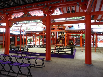 生田神社本殿
