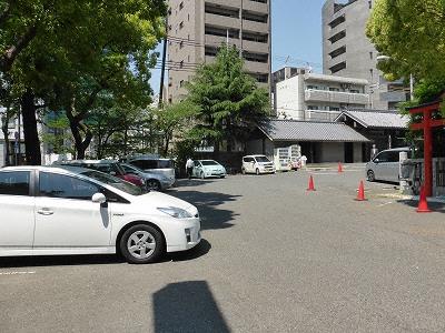 生田神社駐車場