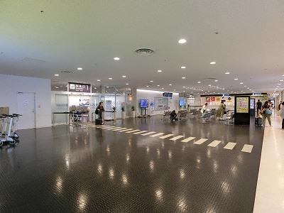 神戸空港1F到着ロビー