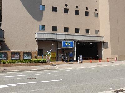 神戸国際会館駐車場