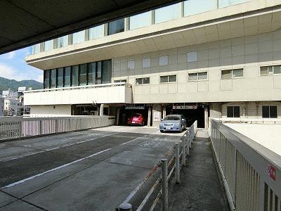 サンセンタープラザ駐車場