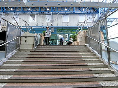 ジュンク堂3Fへの連絡橋(センタープラザ西ブリッジ)
