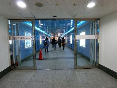 ダイエー神戸三宮店とミント神戸との地下連絡通路