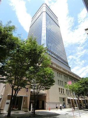 南東側から見た神戸朝日ビル
