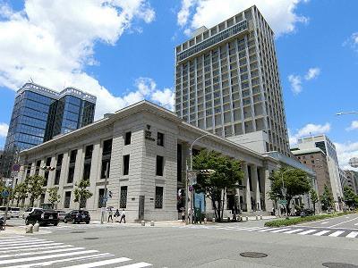 神戸市立博物館と神戸旧居留地25番館